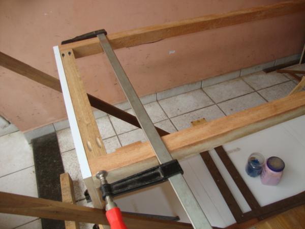 http://www.guiadomarceneiro.com/img_gdm/fotos63/botelho007_7a117547c2.jpg